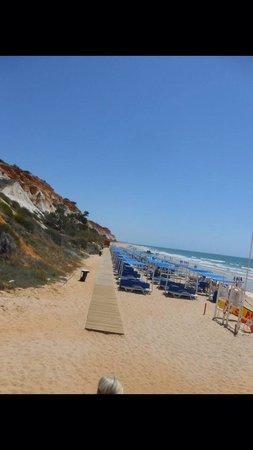 Pine Cliffs Ocean Suites: Beach