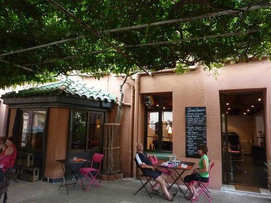 Hotel Les Glycines: vue de la terrasse