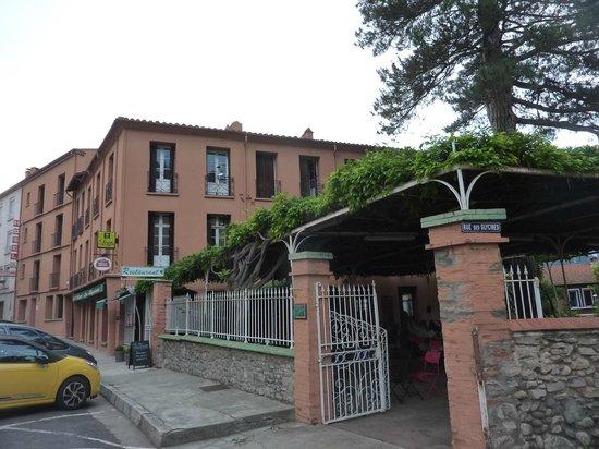 Hotel Les Glycines: vue de l'hôtel