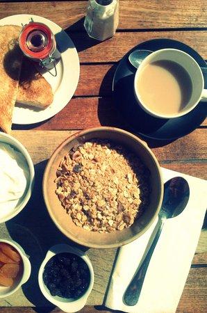 The Vineyard Inn: breakfast at the Inn
