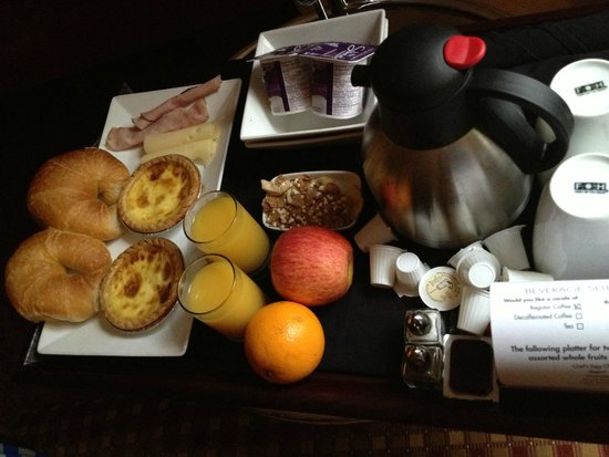 Sterling Inn & Spa: Breakfast