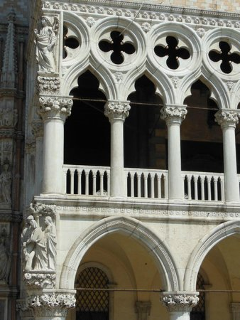 Doges' Palace: Detalhe da arquitetura do Palazzo Ducale