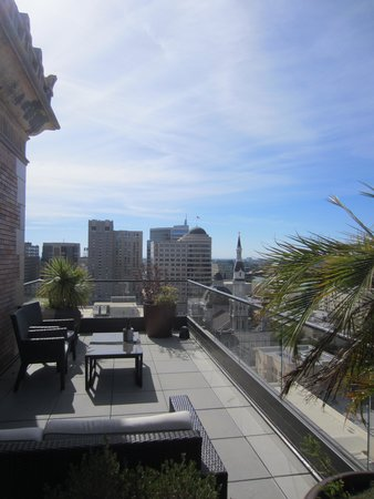 The Citizen Hotel, Autograph Collection: Citizen Hotel, suite balcony
