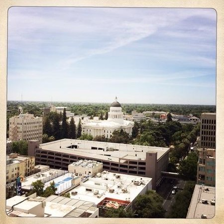 The Citizen Hotel, Autograph Collection: Citizen Hotel, view of Capitol Bldg from balcony