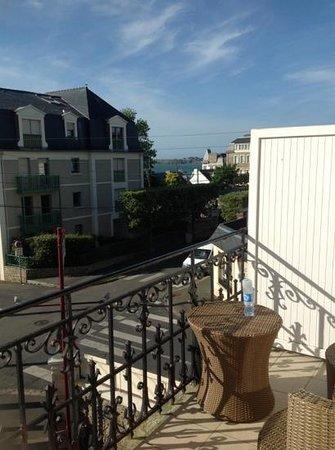 La Villefromoy : vue balcon