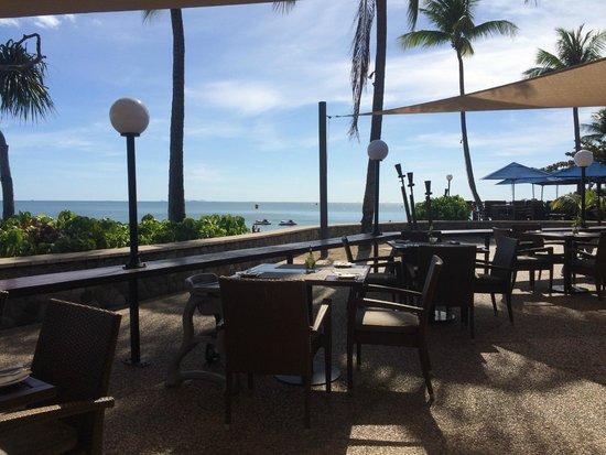 Radisson Blu Resort Fiji Denarau Island: vue resto