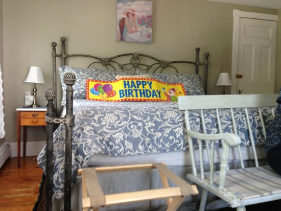 Un cygne blanc Bed and Breakfast : A warm birthday welcome...
