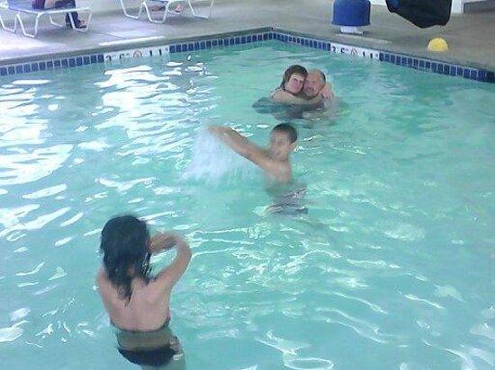 Super 8 Spokane Valley: INDOOR pool!