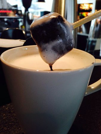 citizenM Rotterdam: World's best hot chocolate