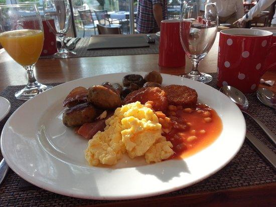 Hilton Duesseldorf: My breakfast.
