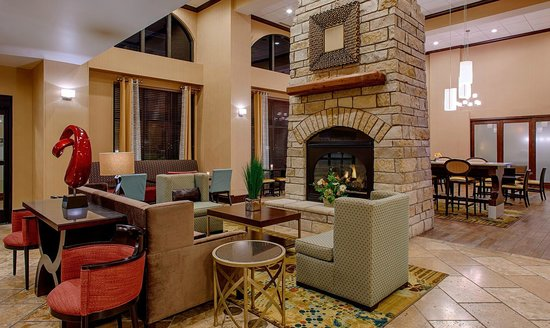 Hampton Inn & Suites Legacy Park-Frisco: Lobby Seating