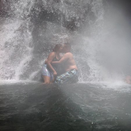 La Mina Falls: A moment and the pressure of the water from the falls gives a great massage lol