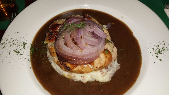 Garryowen Irish Pub: Bangers and mash