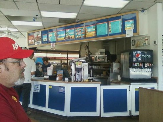 Fosters Freeze: Waiting to enjoy some hometown Foster Freeze!