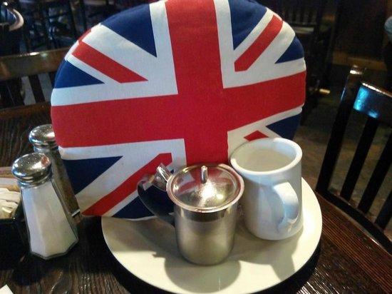 Crown & Anchor Pub: My lovely tea presentation.