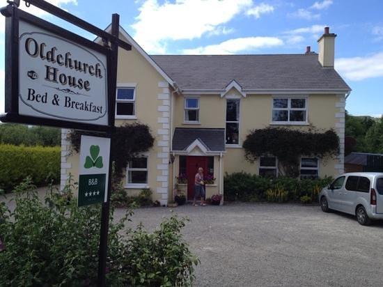 Oldchurch House B&B: mooi gelegen, gastvrije B&B