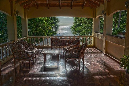 Hotel El Velero: Balcony