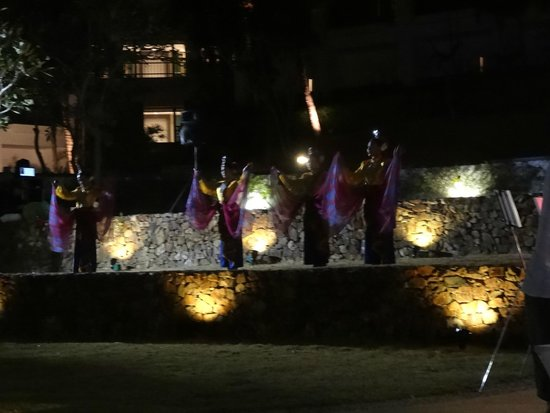 The Westin Langkawi Resort & Spa: Dancing