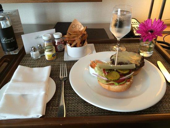 Fairmont Pacific Rim: In-room dining