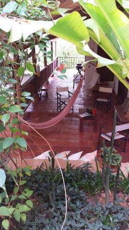 Achiotte Hotel Boutique: vista desde las escaleras... una de las zonas sociales