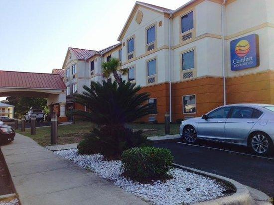 Comfort Inn & Suites Marianna : Building