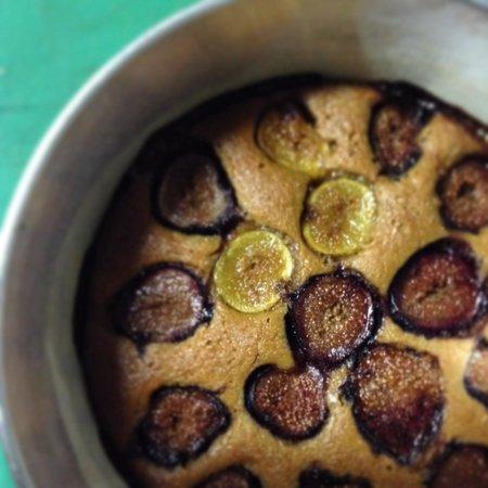 Las Vecinas: Yummy fig cake