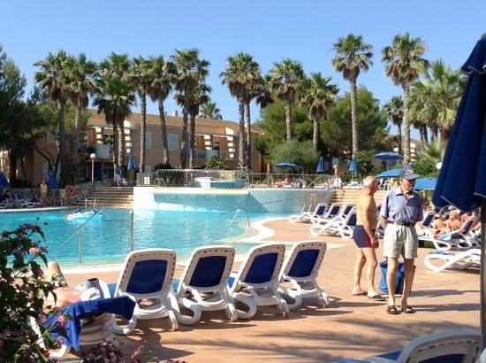 Hotel Apartamentos Princesa Playa: Hotel pool area