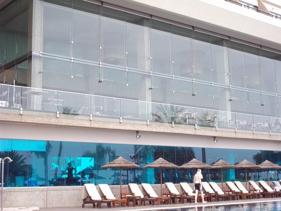 Amathus Beach Hotel Limassol: Hotel with the pool 1