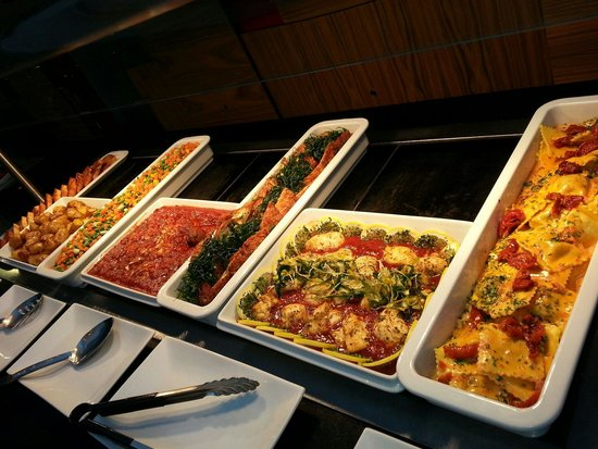 Crowne Plaza Hotel Reading: Hot Buffet