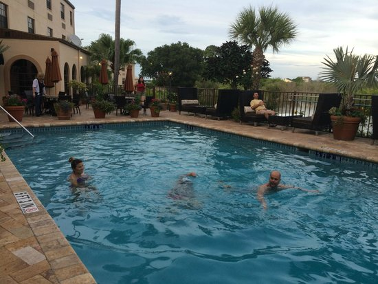 Inn On The Lakes: Great pool area