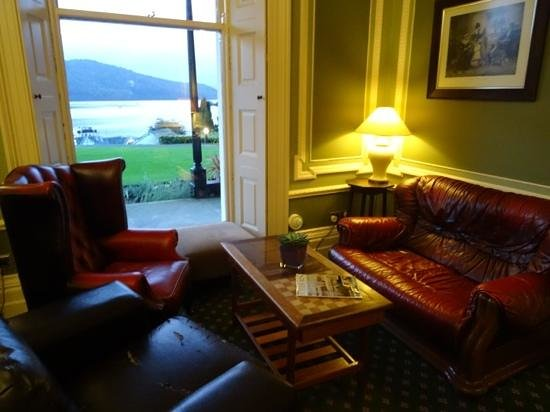 Laura Ashley Hotel The Belsfield: Perfect spot to sit in the Bar