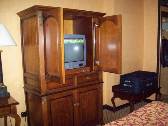 Melia White House: TV in closet :)