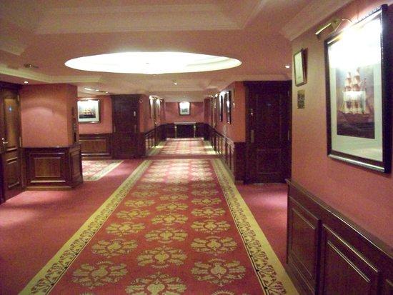 Melia White House: Corridor