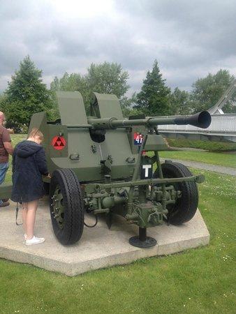Pegasus Memorial (Memorial Pegasus): Tank