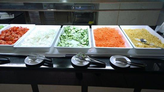 Hotel Algarb: Salad