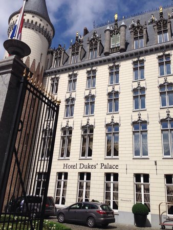 Hotel Dukes' Palace Bruges: Esterno dell'hotel