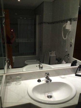 Melia Costa del Sol: bathroom