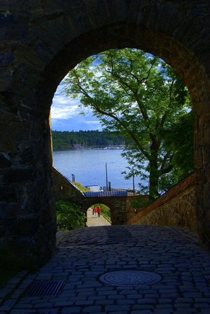 Festung Akershus: Around the fortress