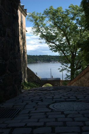 Festung Akershus: Walking around
