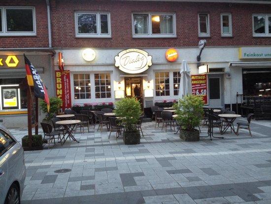 Dialog Restaurant: Nice place !!!