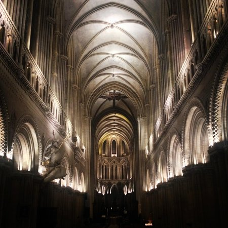 Cathédrale Notre-Dame de Bayeux : Cathedral at night- lovely