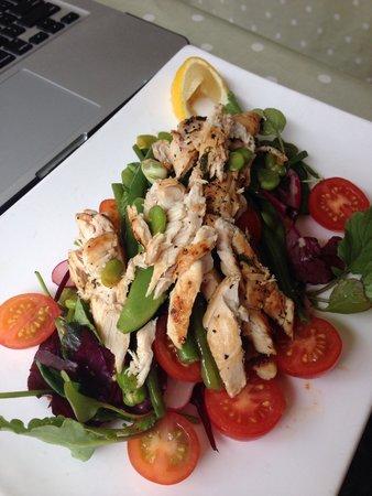 Richys Restaurant : Chicken Oregano Salad