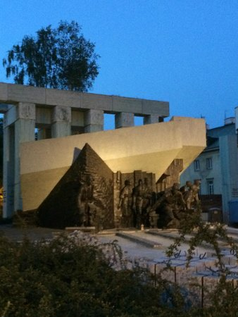 Monument to the Warsaw Uprising Fighters: monument