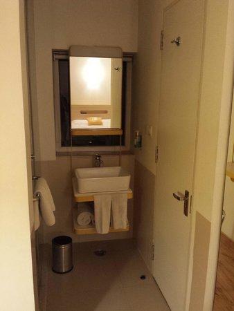 bloomrooms @ Link Rd : banheiro