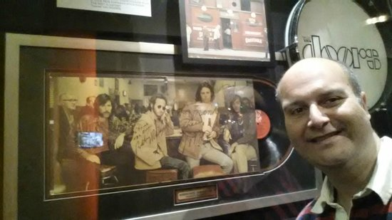 Hard Rock Hotel and Casino: Assinatura original do The Doors
