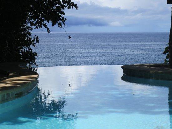 Namale the Fiji Islands Resort & Spa: Infinity pool