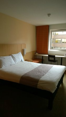 Ibis Glasgow City Centre: Bed
