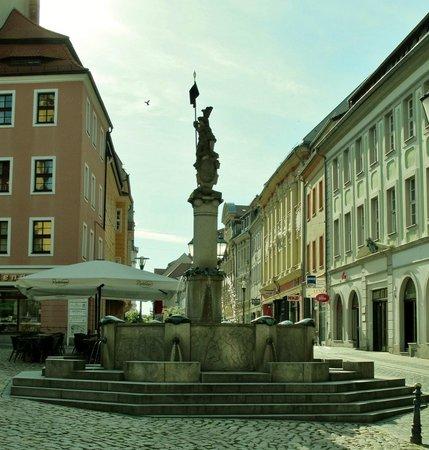 Bautzen, Germany: torvet med bybrønden