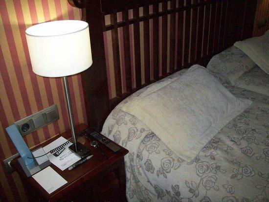 NH Collection Paseo del Prado: Room 2