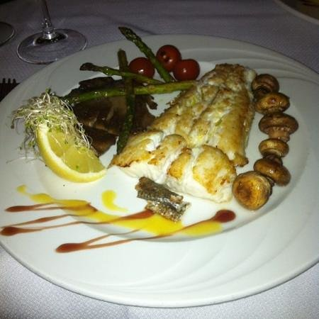 El Jardin: catch of the day, grilled heke